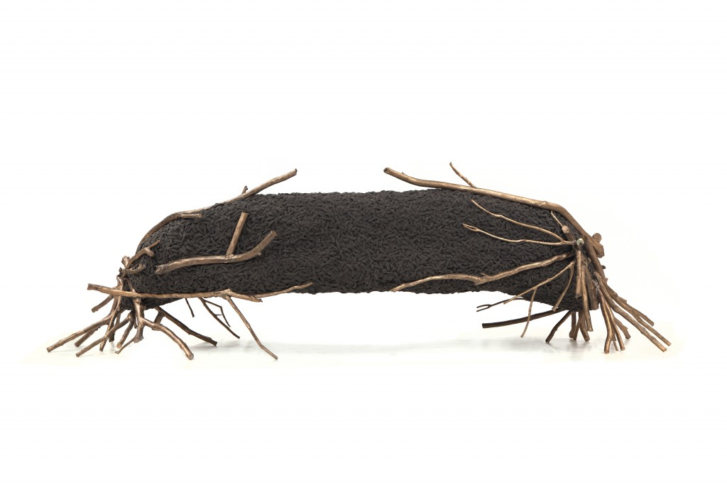 Branches Sofa, Cast bronze, woven fabric, 102 x 350.5 x 107 cm, Photo: Fernando Laszlo
