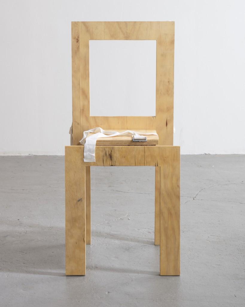 Gianni Pettena, Set of Four Wearable Chairs, Photo: Joe Kramm