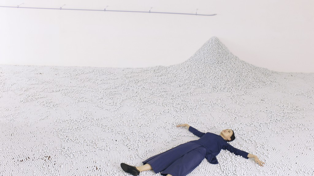 Loop - COS x Snarkitecture, Seoul. Courtsey of COS (5)