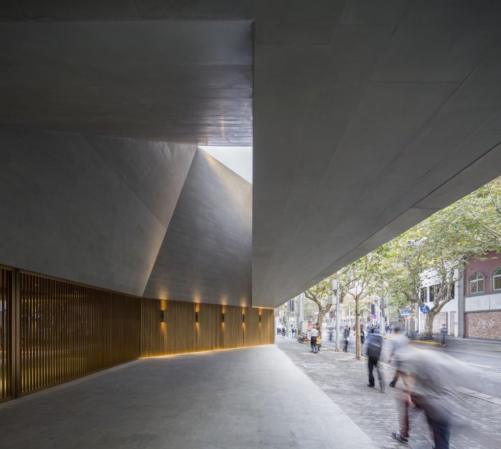New Shanghai Theatre, © Pedro Pegenaute